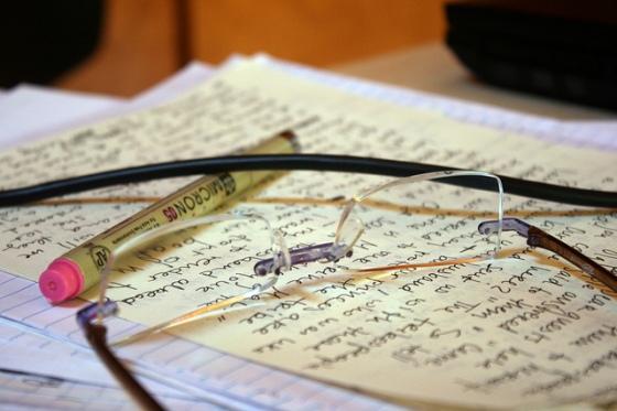 """Impossible de finaliser un roman sans passer par la case """"Relecture"""" ! (Crédits photo : ddd)"""
